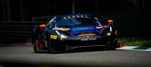 Domenica da cancellare a Monza per Andrea Piccini: la 488 GTE costretta al ritiro dopo due contatti